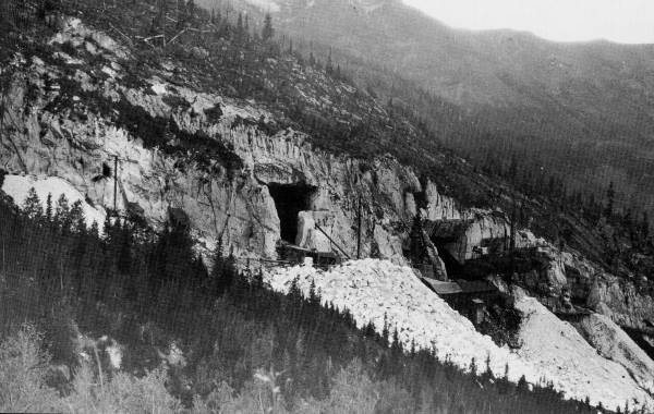 co-exterior_yule_marble_quarry